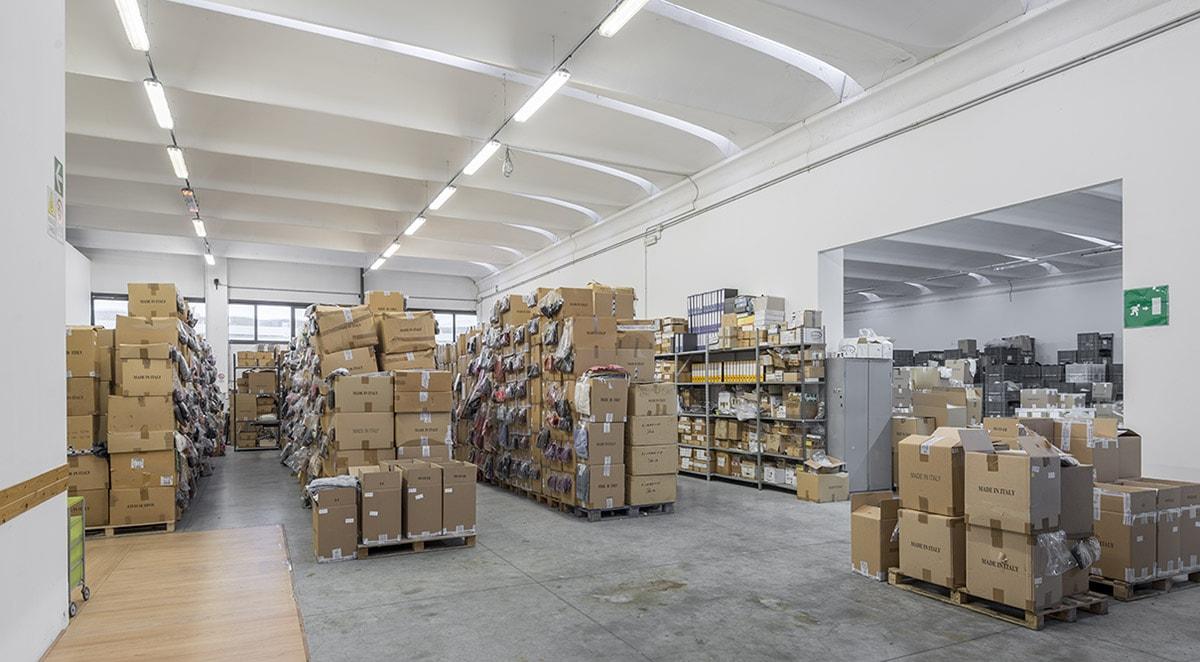 azienda-magazzino-01