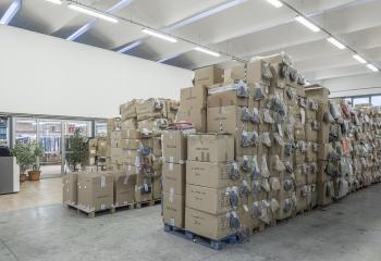 azienda-magazzino-02