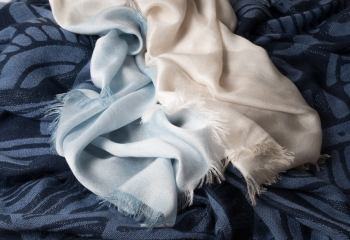 sciarpe-toni-celeste-e-blu